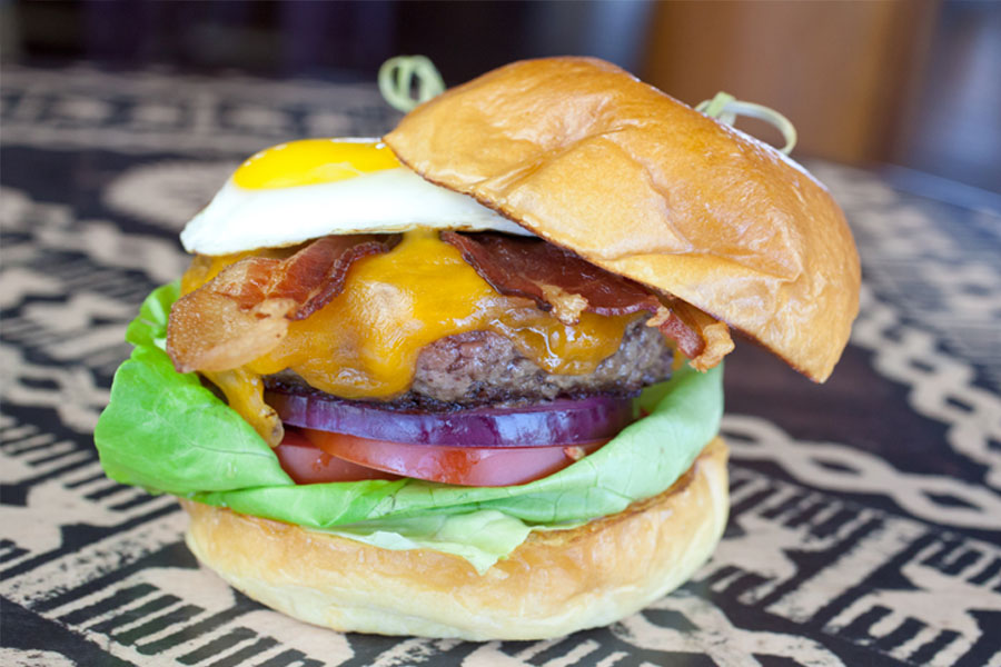 Cheeseburger with bacon and egg
